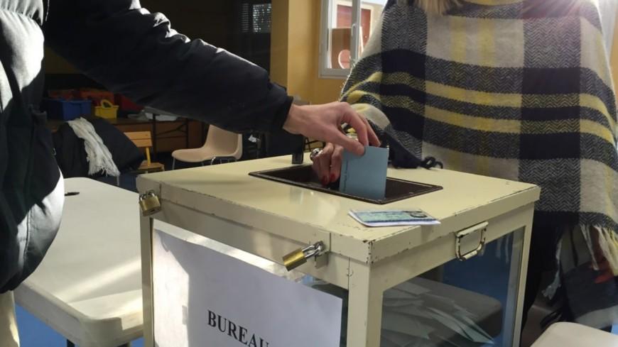 Elections régionales et départementales : les membres des bureaux de vote prioritaires à la vaccination jusqu'au 5 juin
