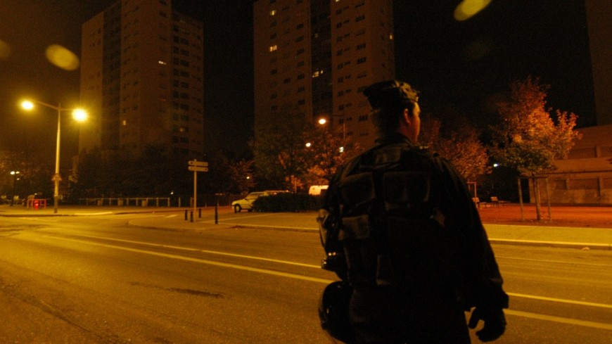 Un policier grièvement blessé et hospitalisé après avoir reçu des jets de projectiles à Rive-de-Gier