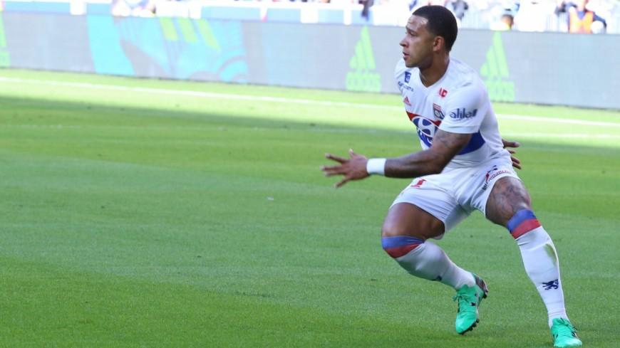 Nîmes-OL : large victoire de Lyon qui court toujours après le podium (2-5)