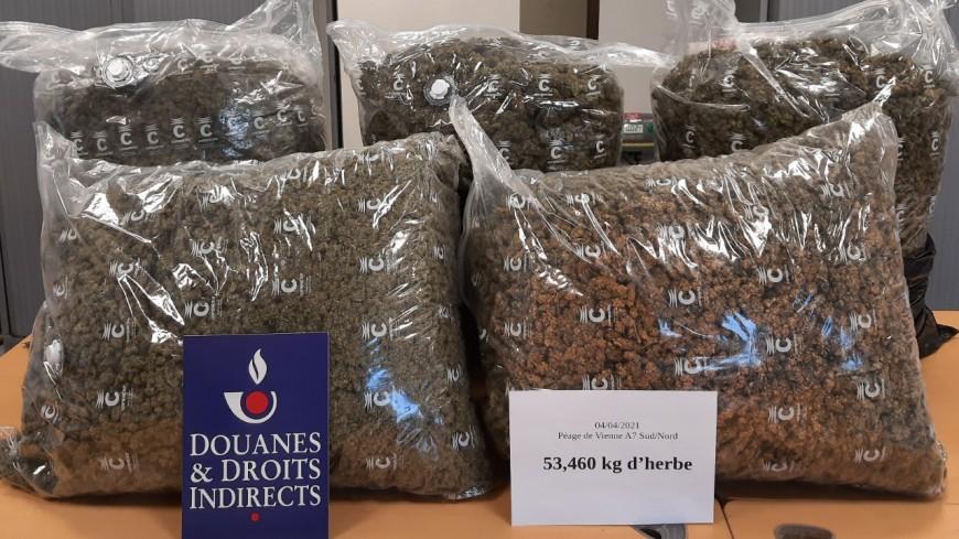 Plus de 70 kg de drogues saisis en huit jours par les douanes lyonnaises