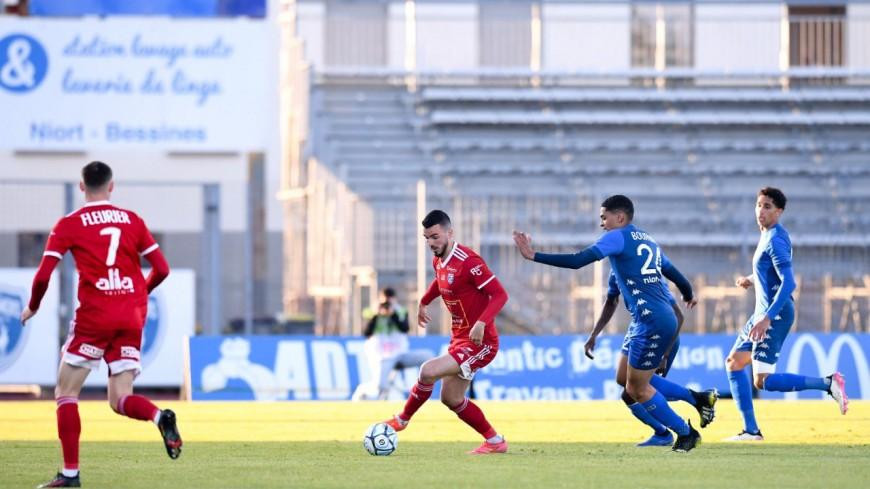 Pas de Ligue 2 pour Villefranche, qui s'effondre lors du barrage retour (2-0)