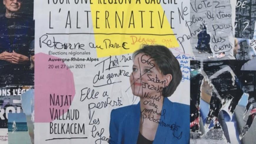 """""""Retourne au Maroc"""" : une plainte bientôt déposée après des tags xénophobes sur les affiches de Najat Vallaud-Belkacem"""