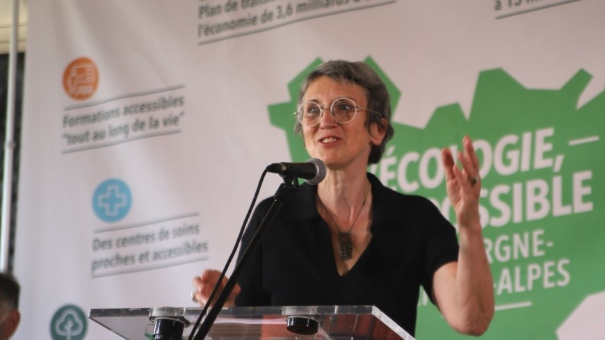 """Régionales : """"Que Fabienne Grébert (EELV) soit présidente, car elle a des atouts incroyables"""""""