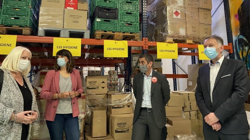 Métropole de Lyon : 40 000 produits d'hygiène féminine collectés pour lutter contre la précarité menstruelle