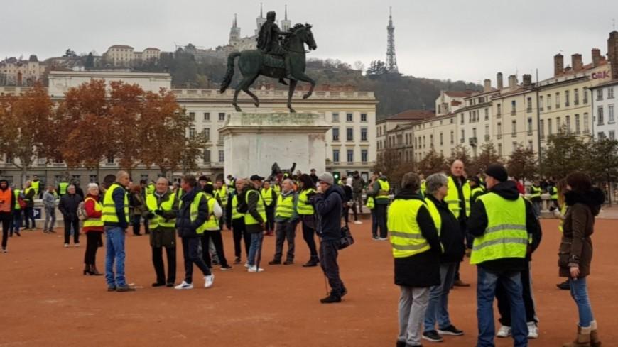 Environ 300 Gilets jaunes dans les rues de Lyon ce samedi