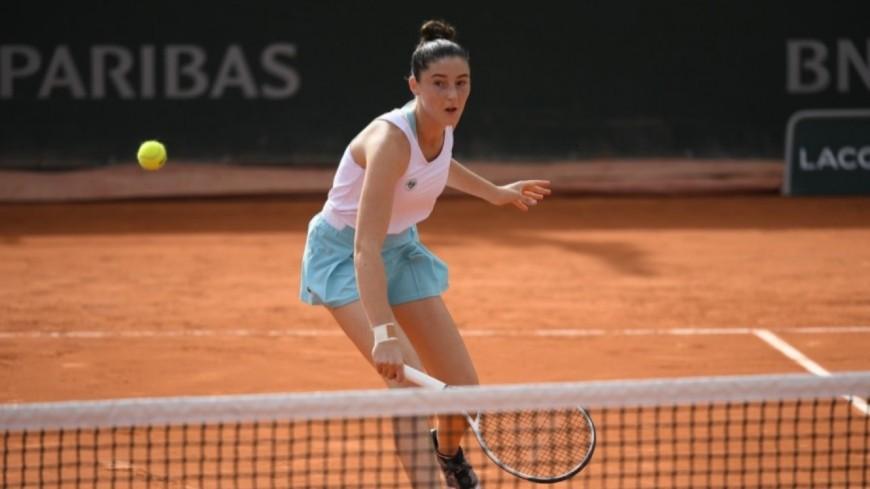 Roland-Garros : la jeune lyonnaise Elsa Jacquemot éliminée dès le premier tour