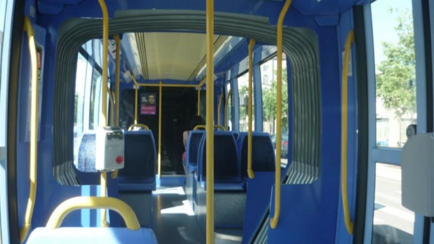 Métropole de Lyon : près de 50 rames du T1 et du T2 vont être rénovées