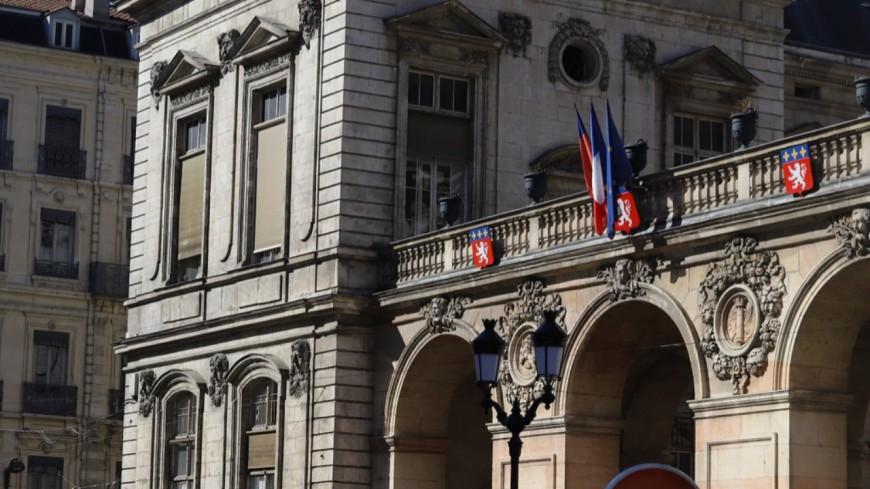 Une fresque du climat s'installe pour un mois à l'Hôtel de ville de Lyon