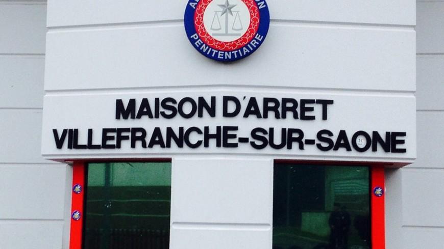 Trois détenus jugés pour avoir dégradé leurs cellules de la prison de Villefranche