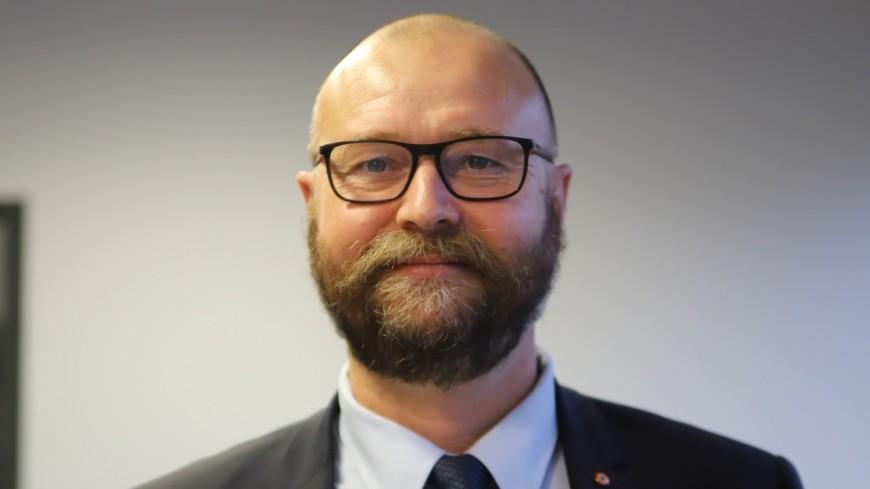 """""""C'est consciemment mettre la vie des personnes en danger"""" : le maire de Meyzieu fou de rage sur les couloirs mixtes bus-vélos"""