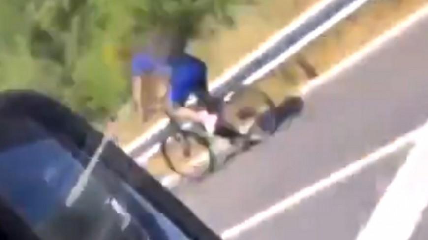 Près de Lyon : un cycliste prend l'autoroute pour rentrer chez lui… à cause de son GPS - VIDEO