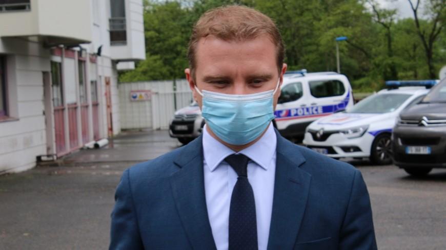 Maire de Rillieux menacé sur Facebook de décapitation et d'émasculation : amendes avec sursis pour les internautes