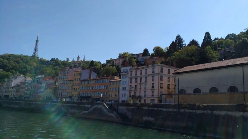 Canicule : le Rhône reste en alerte orange, 24 degrés relevés en pleine nuit à Lyon