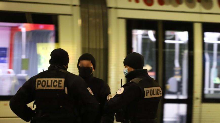 Lyon : collision nocturne entre une voiture et un tramway