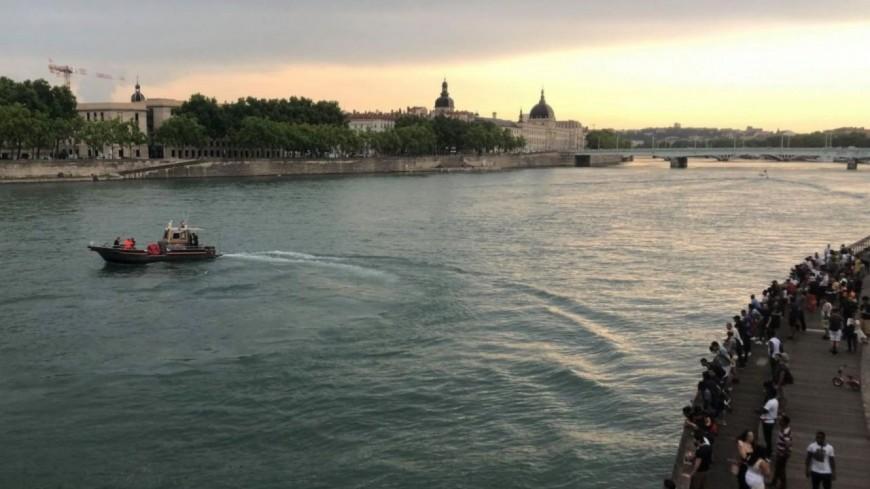 Lyon : un homme retrouvé mort après avoir été projeté dans le Rhône du pont de la Guillotière, la police lance un appel à témoins