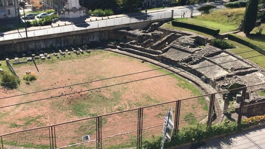 Lyon : la police met fin à un rodéo dans les escaliers de la montée de l'Amphithéâtre