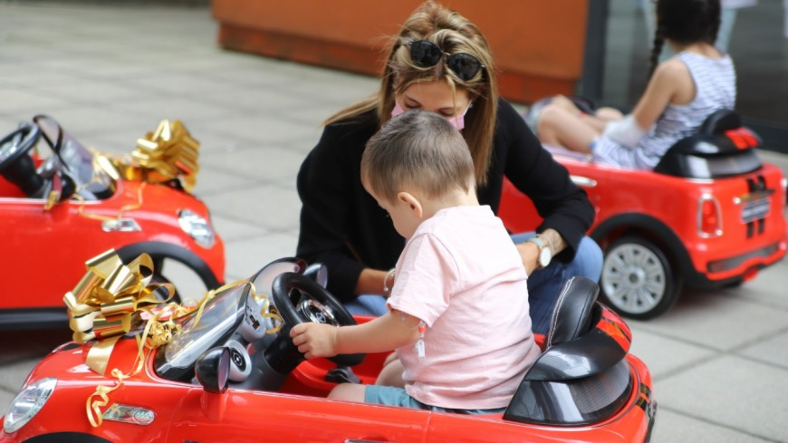 Près de Lyon : 11 voiturettes arrivent à l'HFME pour redonner le sourire aux enfants
