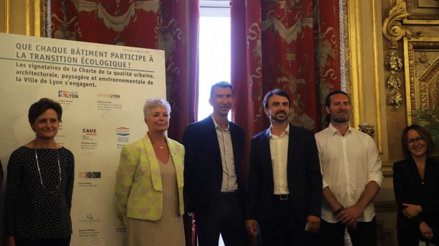 """Lyon : végétalisation, rénovation énergétique, ville soutenable… ce que contient la """"charte urbaine"""" signée par les Verts"""