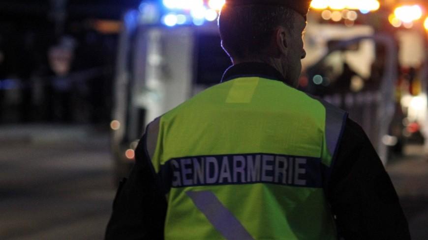 Près de Lyon : ivre, l'automobiliste termine sa course dans un pré et blesse 7 adolescents