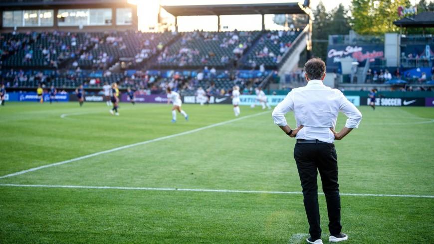 OL Reign : Farid Benstiti démissionne de son poste d'entraîneur