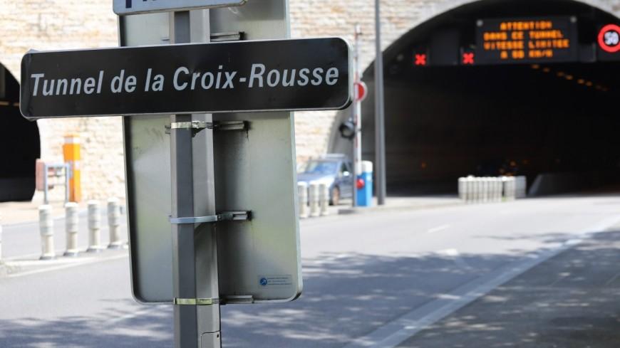 Lyon : un véhicule en feu sous le tunnel de la Croix-Rousse ce samedi soir