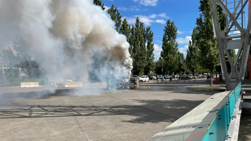 Lyon : un camion de nettoyage se renverse, un agent de la propreté blessé