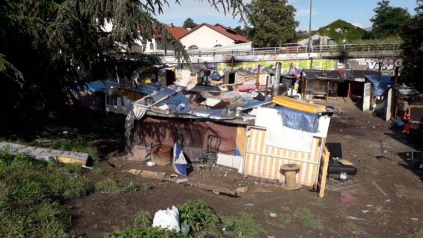 Près de Lyon : un squat évacué, 47 personnes prises en charge