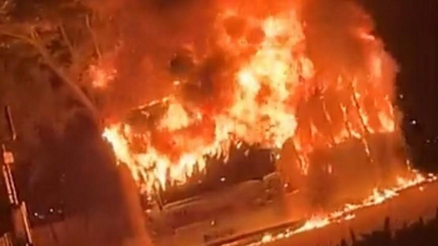 Lyon : de nouveaux incendies volontaires pour le 14 juillet, la police prise à partie à de multiples reprises
