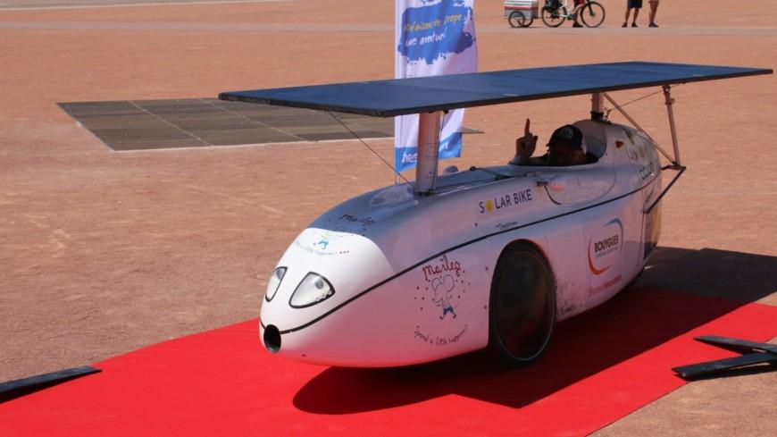 Le Sun Trip en vélo solaire boucle son tour d'Europe à Lyon