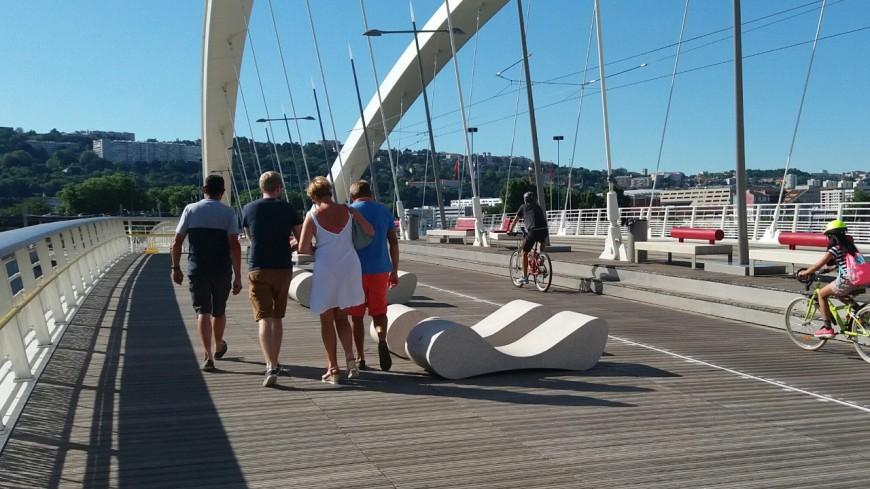 Lyon : la piste cyclable du pont Raymond-Barre va être modifiée après un mois et demi de travaux