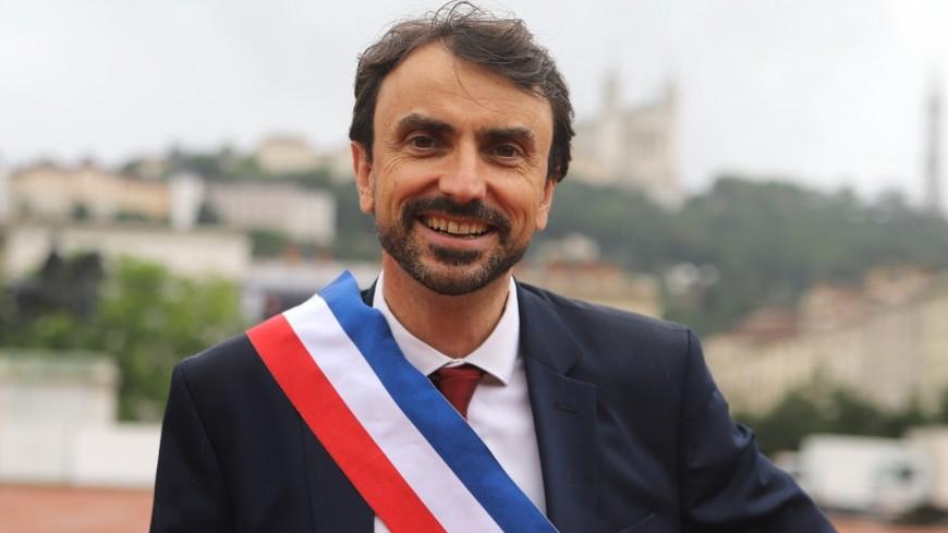 Lyon : en vacances pour deux semaines, Grégory Doucet est remplacé par deux adjoints à la mairie