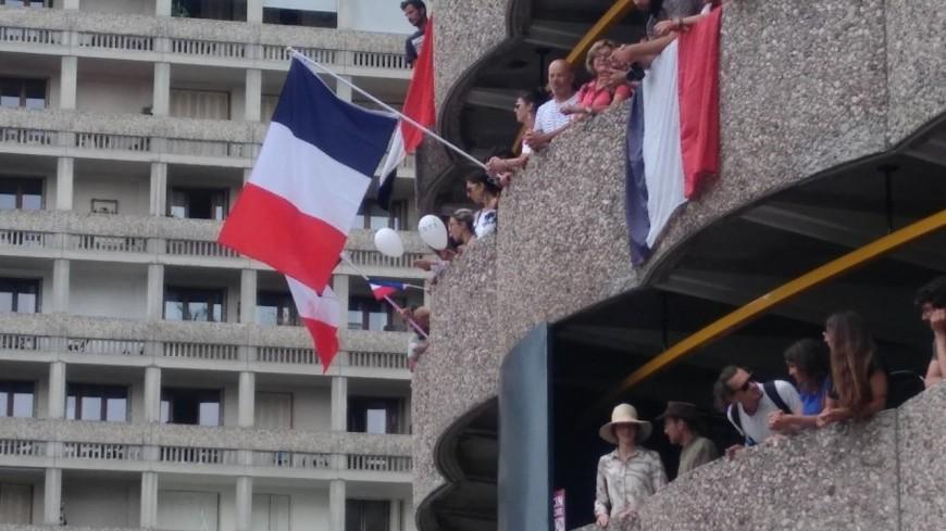 Manifestations anti-pass sanitaire à Lyon : des tensions place Bellecour, cinq personnes interpellées