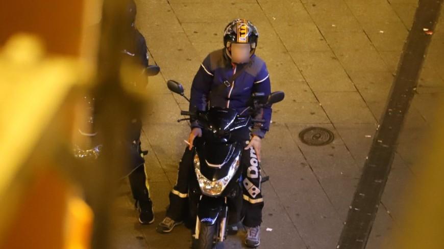 Près de Lyon : il fait du rodéo urbain devant le commissariat, les policiers saisissent son scooter