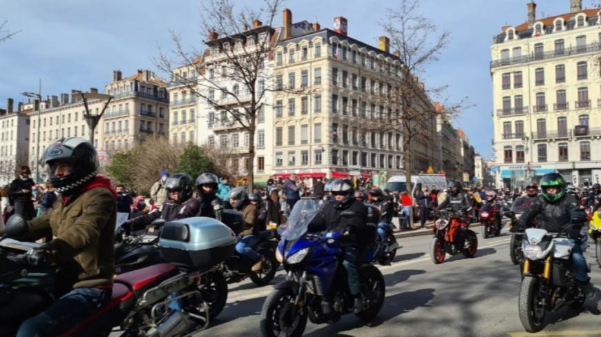 Une nouvelle expérimentation de la circulation inter-files à Lyon et dans le Rhône à partir du 2 août