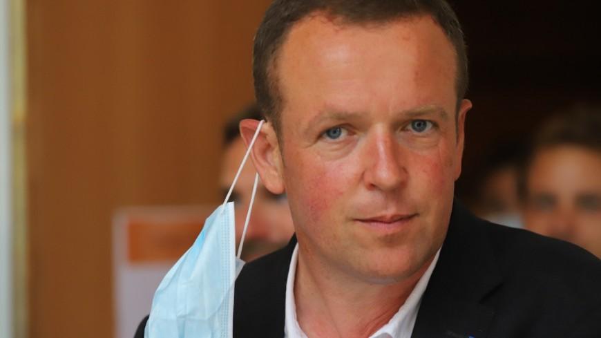 Villeurbanne : trois semaines de congés en août pour le maire Cédric Van Styvendael