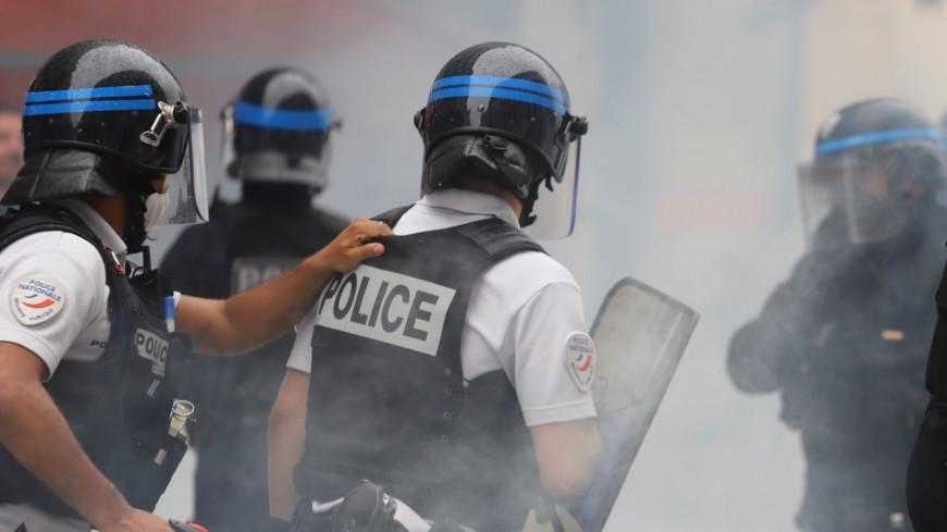 Neuf interpellations en marge des manifestations anti pass sanitaire à Lyon