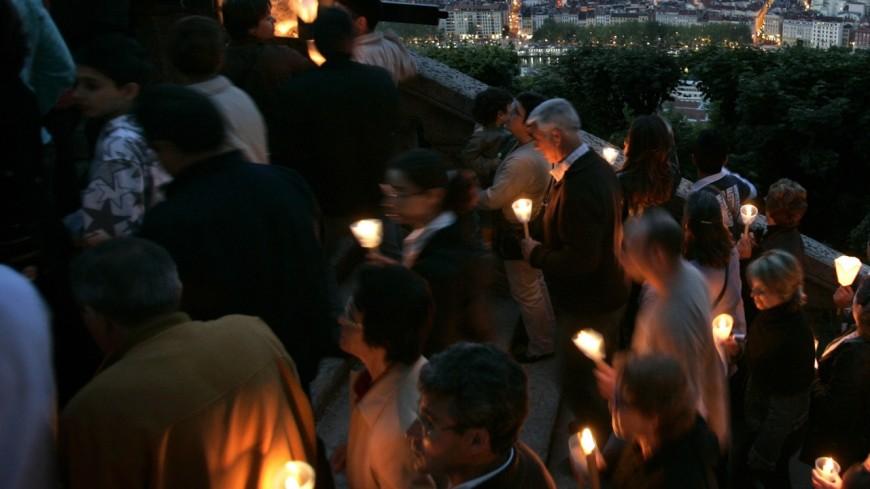 Lyon : 200 personnes ont gravi la colline de Fourvière pour l'Assomption