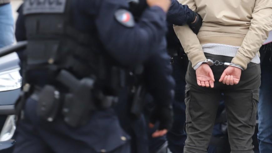 Lyon : à 60 ans, il casse la vitrine d'une boutique pour la cambrioler