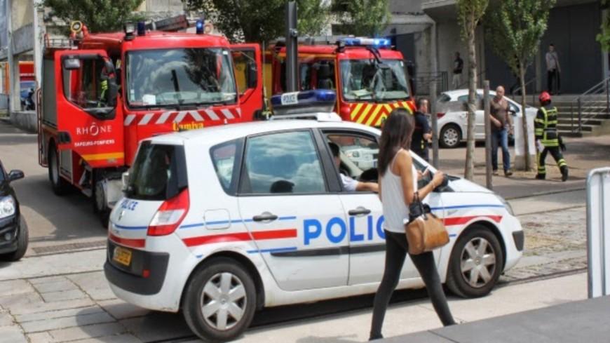 Près de Lyon : ivre et blessé, il frappe un policier venu l'aider puis lui présente ses excuses