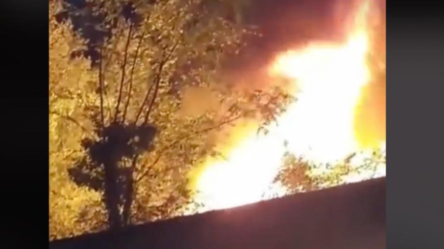 Lyon : impressionnant feu de végétation sur les quais du Rhône