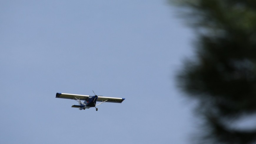 Un avion atterrit en urgence dans un champ du Beaujolais