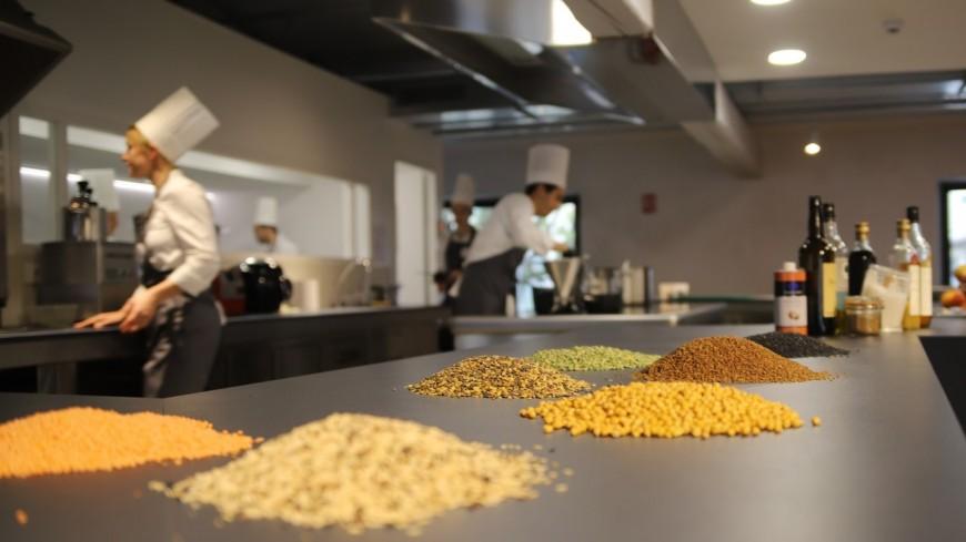 Interactivité, gratuité, expositions et nutrition : le nouveau départ expérimental de la Cité de la Gastronomie à Lyon