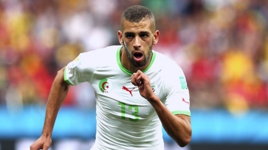 Auteur d'un quadruplé avec l'Algérie, Islam Slimani (OL) égale un record