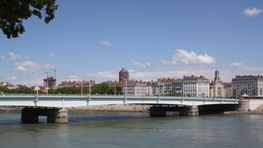 Lyon : les arracheurs de colliers du pont de la Guillotière interpellés
