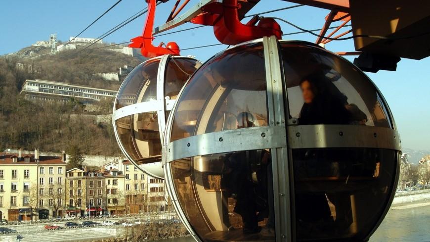 Des habitants de Sainte-Foy-lès-Lyon forment une ZAD contre le téléphérique