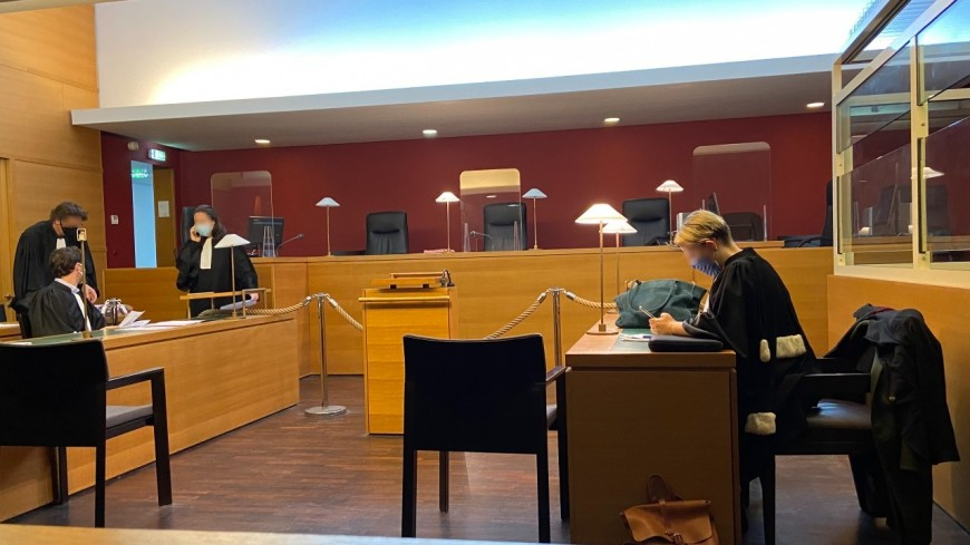 Lyon : une mère de famille condamnée après avoir poignardé son mari
