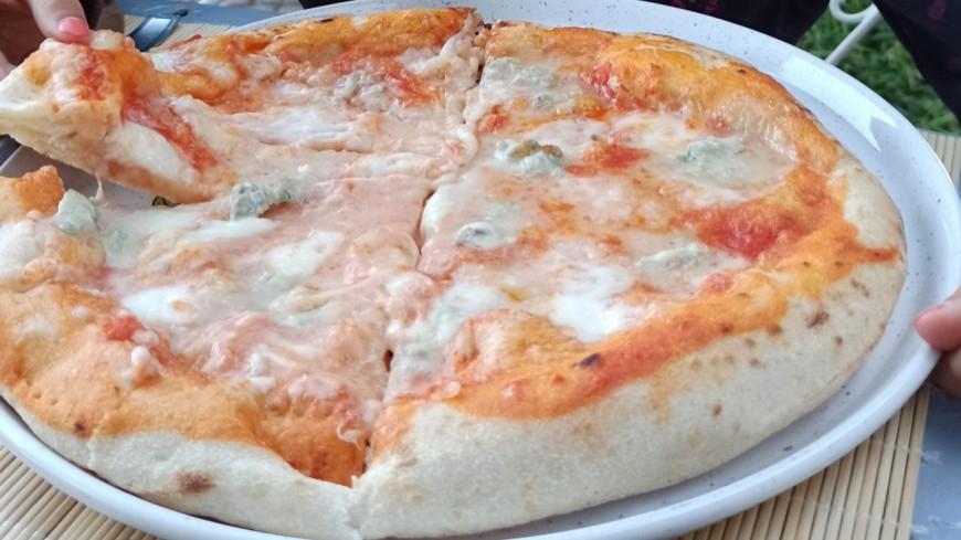 Lyon : une pizza aux 1000 fromages réalisée au SIRHA pour tenter de battre le record du monde