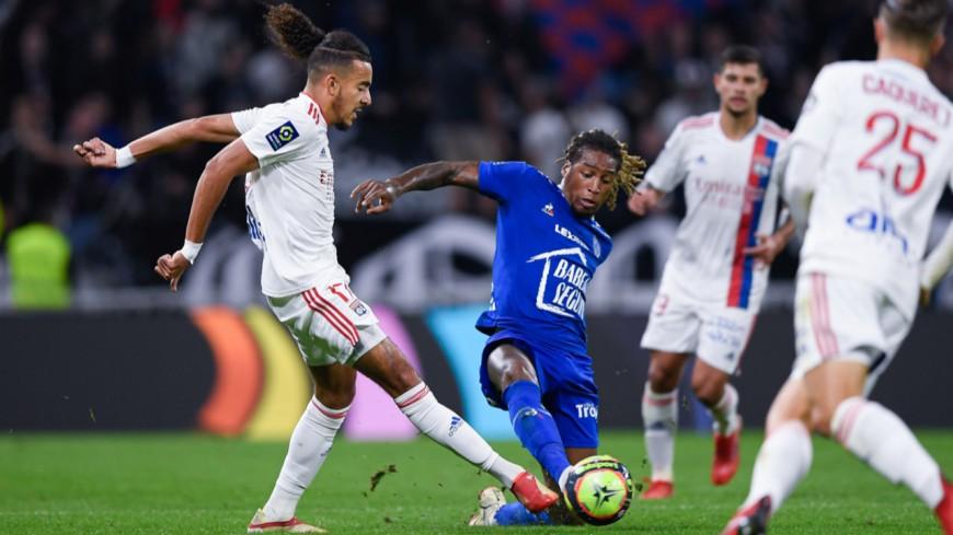 OL-Troyes : Lyon se sort du piège tendu par le promu et l'arbitrage (3-1) - VIDEO