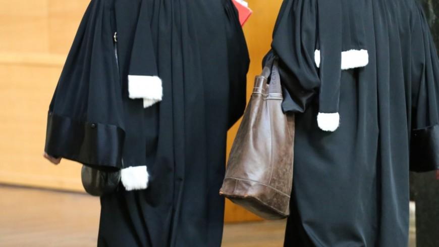 Lyon : les candidats de l'école des avocats reçoivent le corrigé avec l'examen