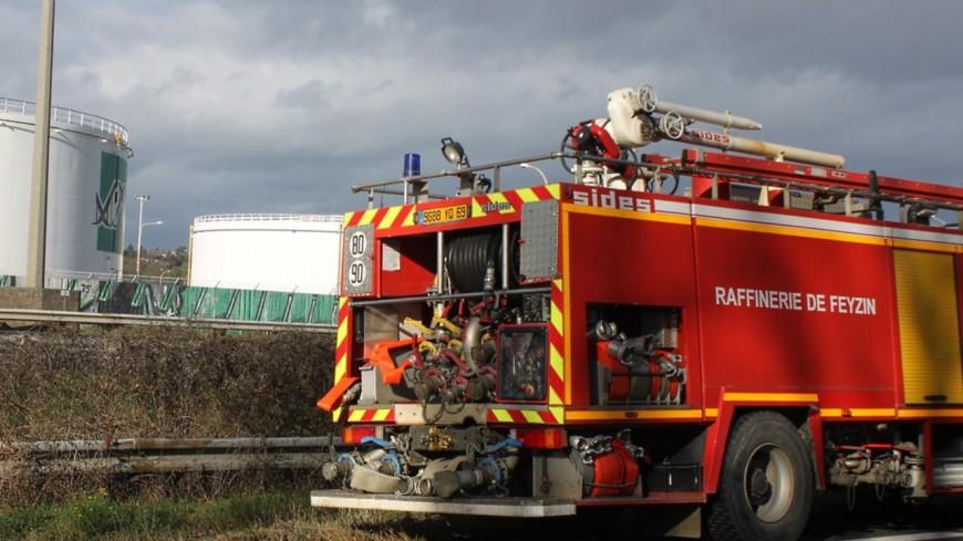 Près de Lyon : une fuite d'hydrocarbures provoque un incendie à la raffinerie de Feyzin